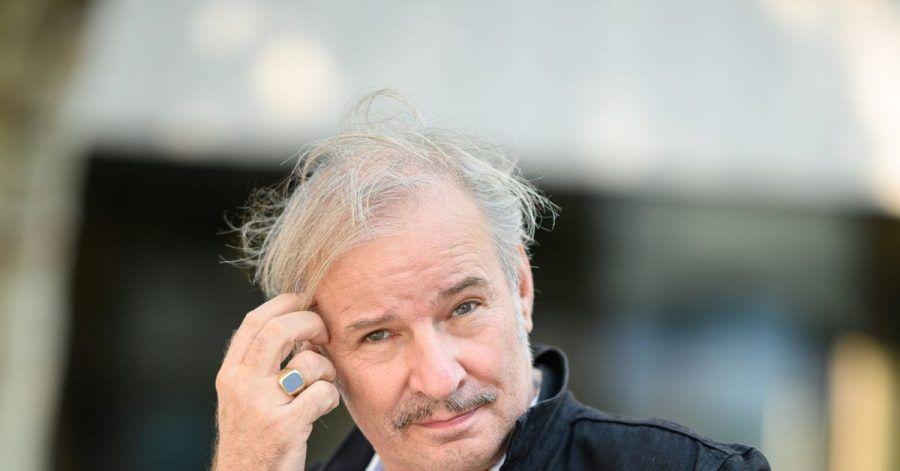 Leander Haußmann hat in der Debatte zur Kontrolle der Macht von Theaterintendanten einige Vorschläge gemacht.