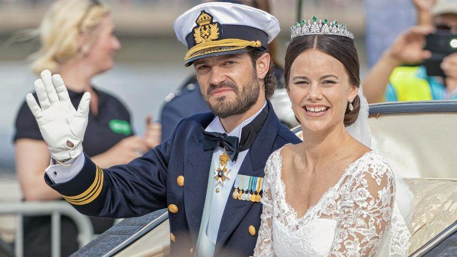 Prinz Carl Philip und Prinzessin Sofia von Schweden haben 2015 geheiratet und freuen sich zum dritten Mal über Nachwuchs. (jru/spot)