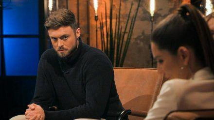 """Bachelor"" Niko Griesert macht es spannend. (mia/spot)"
