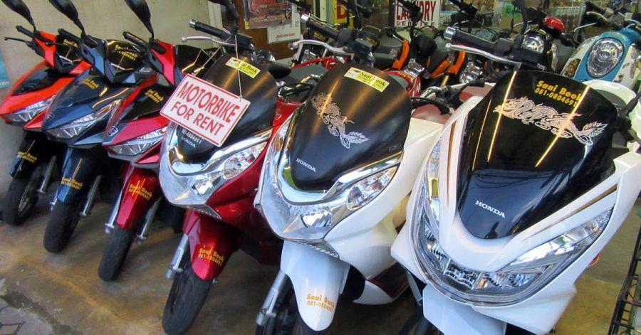 Im Thailand-Urlaub lockt die Ausfahrt mit einem Roller oder Motorrad - man braucht jedoch immer einen gültigen Führerschein.