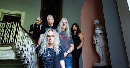 Motörhead, AC/DC, Black Sabbath und Deep Purple - Saxon ehren ihre Heroen.
