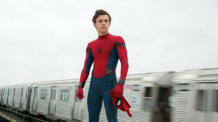 """""""Spider-Man: Homecoming"""": Peter Parker (Tom Holland) hat wieder alle Hände voll zu tun. (cg/spot)"""