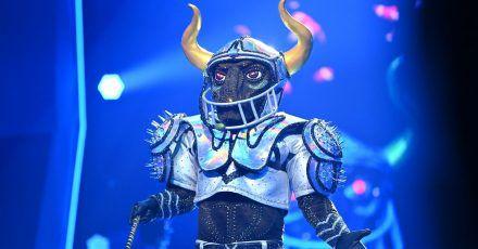 Die Figur «der Stier» tritt bei der ProSieben-Show «The Masked Singer» auf.