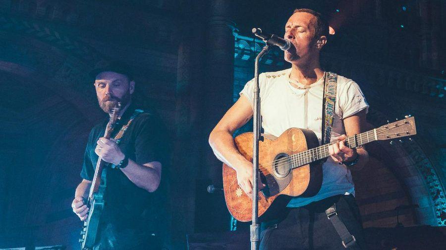 Coldplay werden als Haupt-Act die Worthy Farm rocken. (rto/spot)