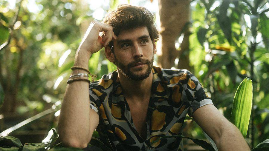 """Alvaro Soler meldet sich nach zwei Jahren mit """"Magia"""" zurück"""