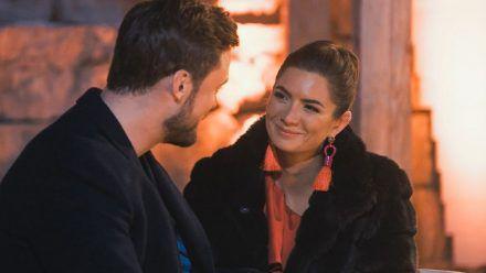 """""""Bachelor"""": Mimi ahnt, dass da was zwischen Niko und Michèle ist!"""