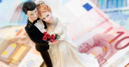 Wer Opfer eines Heiratsschwindlers wird, muss Grundsicherungsleistungen nicht erstatten, entschied ein Gericht.