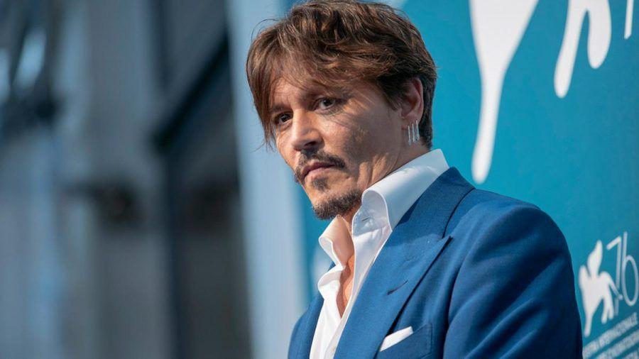 Johnny Depp wurde unfreiwillig zum Gastgeber eines unbekannten Mannes. (jom/spot)