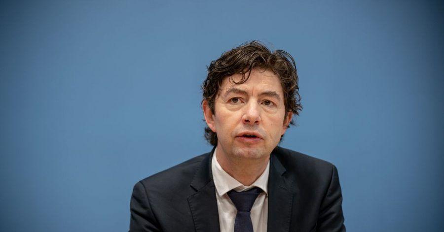«Ich glaube, es wird nicht ohne einen neuen Lockdown gehen, um diese Dynamik, die sich jetzt ohne jeden Zweifel eingestellt hat, noch einmal zu verzögern», sagt Christian Drosten.