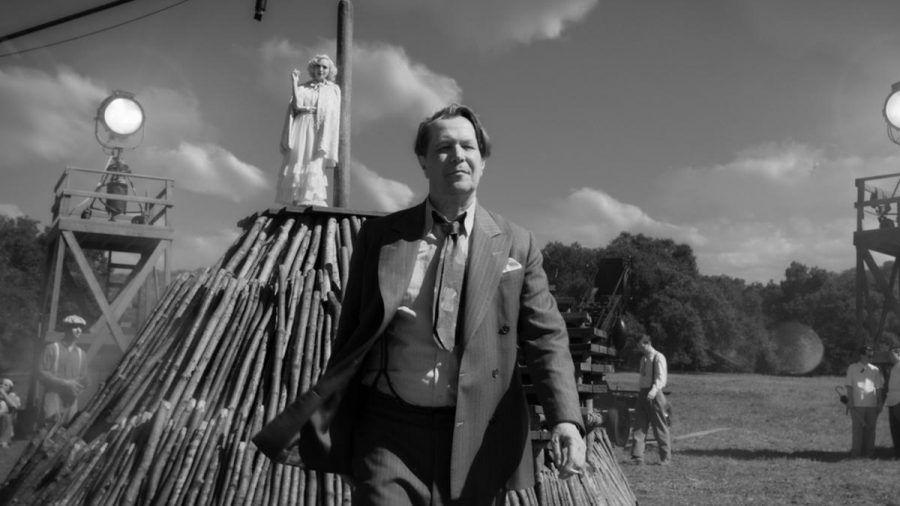 """Gary Oldman als Drehbuchautor Herman J. Mankiewicz in """"Mank"""" (stk/spot)"""