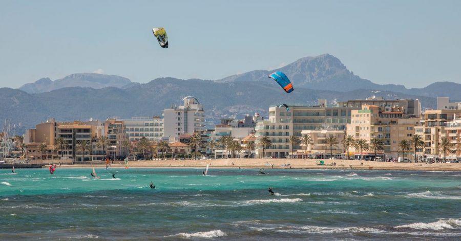 Der größte Reiseanbieter Tui meldet kurz vor dem Start der vorgezogenen Ostersaison auf Mallorca anhaltend starke Buchungen.
