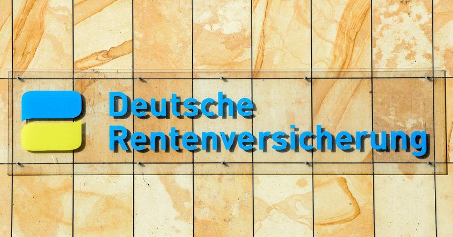 Sozialversicherungsausweis ist ein wichtiges Dokument und kann über online über die Seite der Deutschen Rentenversicherung beantragt werden.