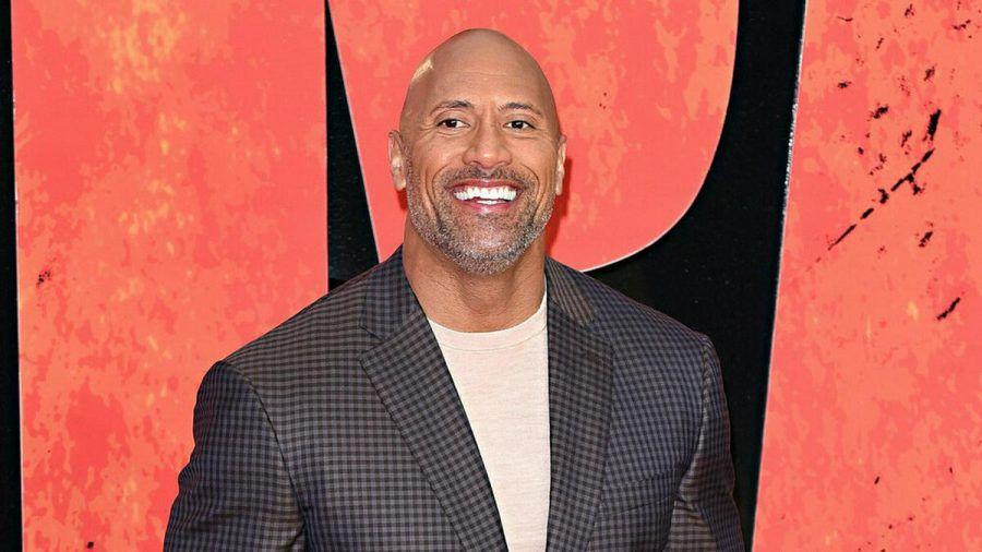 """Dwayne Johnson könnte nicht glücklicher darüber sein, endlich den Starttermin von """"Black Adam"""" verkünden zu dürfen. (stk/spot)"""