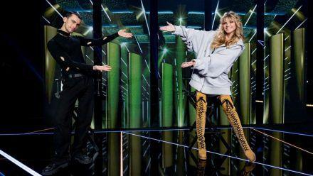 GNTM: Heidis Meeedchen laufen für diesen Stardesigner