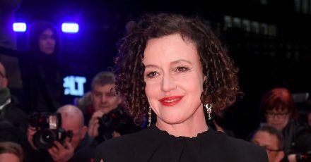 Maria Schraders neuer Film läuft im Wettbewerb der Berlinale.