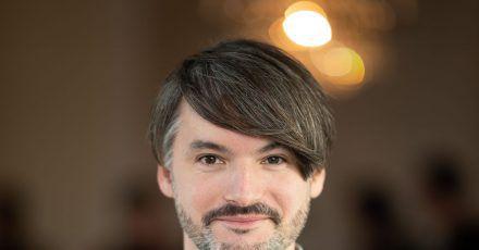 Der Hamburger Autor Saša Staniši? zeigt sich von einer neuen Seite.