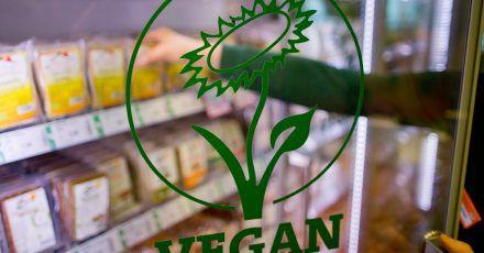 Vegane Ernährung - also der komplette Verzicht auf Nahrungsmittel tierischen Ursprungs - könnte einer kleinen Studie zufolge negative Folgen für die Knochengesundheit haben.