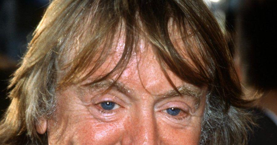 Der britische Filmregisseur Adrian Lyne. Seine Filme begeisterten ein Millionenpublikum und provozierten mit aufsehenerregenden Sexszenen.