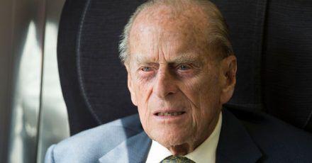 Prinz Philip muss sich von seinem Eingriff am Herzen erholen.