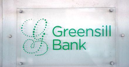 Die Bafin hat die Tochter des britisch-australischen Finanzkonglomerats Greensill inzwischen wegen drohender Überschuldung für den Kundenverkehr geschlossen.