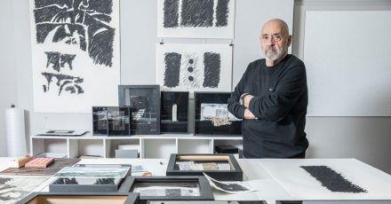 Alexander Klee alias Aljoscha Ségard im Atelier.