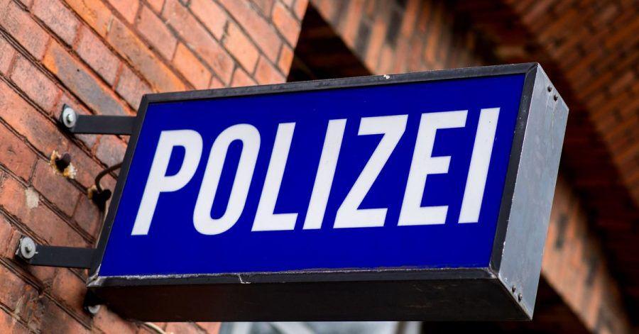Ein 19-Jähriger, der im Gewahrsam der Polizei Delmenhorst zusammengebrochen war, ist im Krankenhaus gestorben. (Symbolbild)