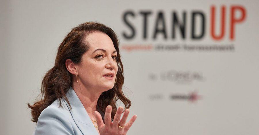Natalia Wörner engagiert sich für ein Trainingsprogramm gegen Belästigung in der Öffentlichkeit.