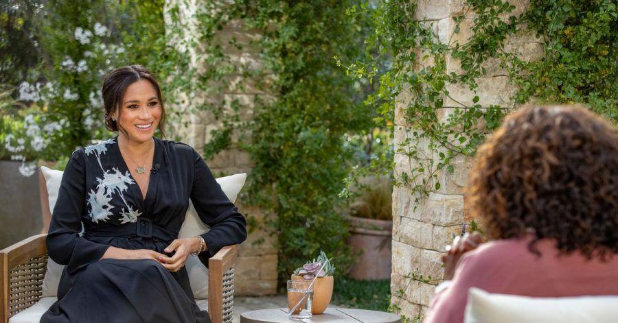 Oprah Winfrey im Gespräch mit Herzogin Meghan.