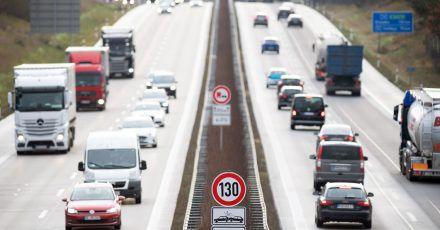 Nicht auf die Pelle rücken: Mindestens den halben Tachostand in Metern lassen Autofahrer zum Vordermann Platz, um im Notfall rechtzeitig anhalten zu können.