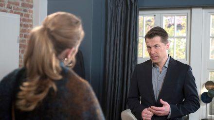 """""""Rote Rosen"""": Gregor realisiert entsetzt, dass Carla ihm keine Chance mehr gibt (cg/spot)"""