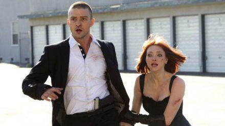 """""""In Time - Deine Zeit läuft ab"""": Will (Justin Timberlake) und Sylvia (Amanda Seyfried) lehnen sich gegen ein unmenschliches System auf (cg/spot)"""