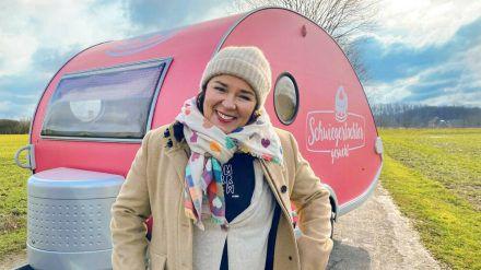 Vera Int-Veen will 2021 erneut Single-Männern zum Liebesglück verhelfen - und besucht sie mit ihrem kleinen pinkfarbenen Wohnwagen. (wag/spot)