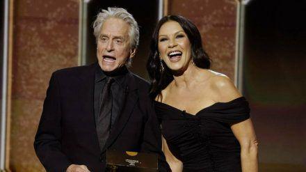 Michael Douglas und Catherine Zeta-Jones hatten bei den Golden Globes 2021 eine gute Zeit. (cos/spot)