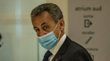 Nicolas Sarkozy während ihm im Pariser Justizpalast der Prozess gemacht wurde. (stk/spot)