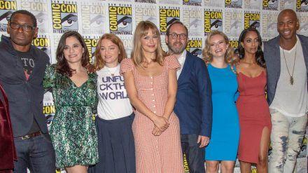 """Darauf müssen Fans auch in diesem Jahr verzichten: Der """"Supergirl""""-Cast bei der Comic-Con 2019 in San Diego (ili/spot)"""