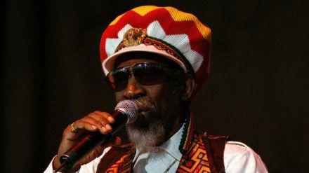 Reggae-Musiker Bunny Wailer ist tot. (cos/spot)