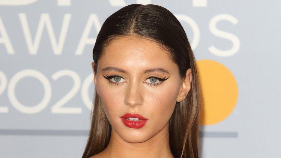 Iris Law 2020 bei den Brit Awards (mia/spot)