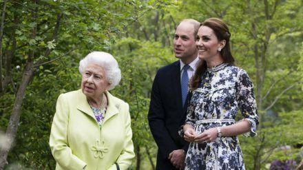 Royales Dreamteam: Queen Elizabeth II., ihr Enkel Prinz William und dessen Ehefrau Herzogin Kate (ili/spot)
