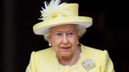 Zwei Corgi-Welpen sollen Queen Elizabeth II. trösten. (ili/spot)
