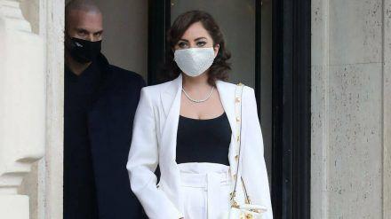 Lady Gaga zieht bei Dreharbeiten in Rom alle Blicke auf sich. (ili/spot)