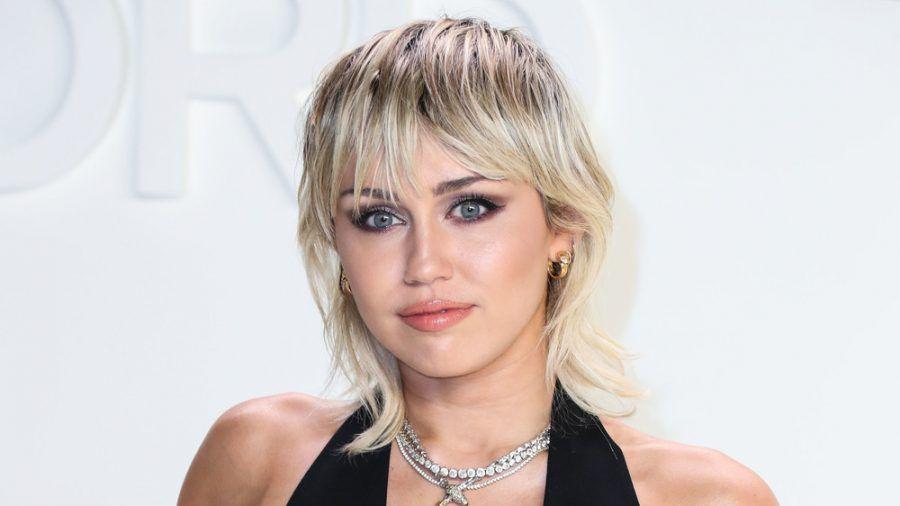 """Miley Cyrus blickt kritisch auf ihre """"Hannah Montana""""-Zeit zurück. (ncz/spot)"""