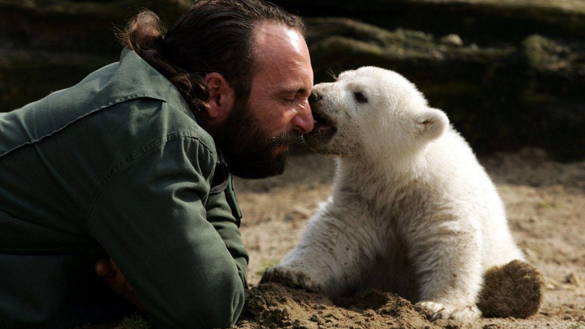 Video: Knut - vor 10 Jahren starb der Berliner Eisbär
