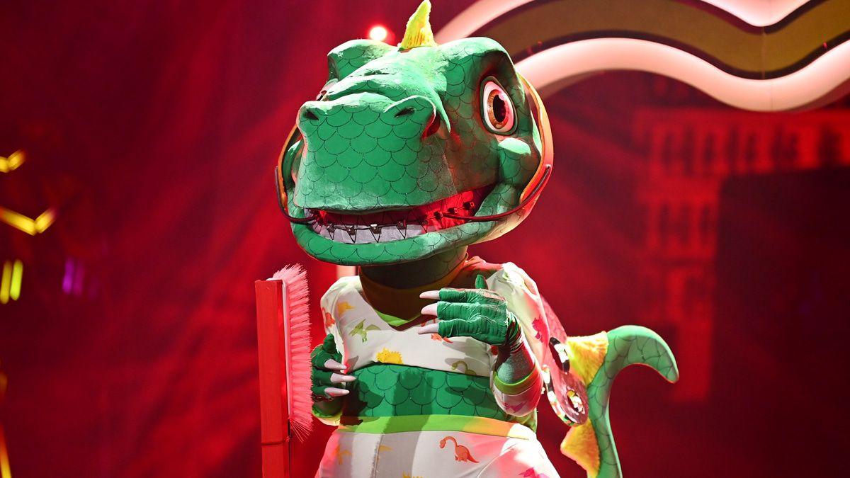 """""""The Masked Singer"""": Sasha ist der Dinosaurier"""