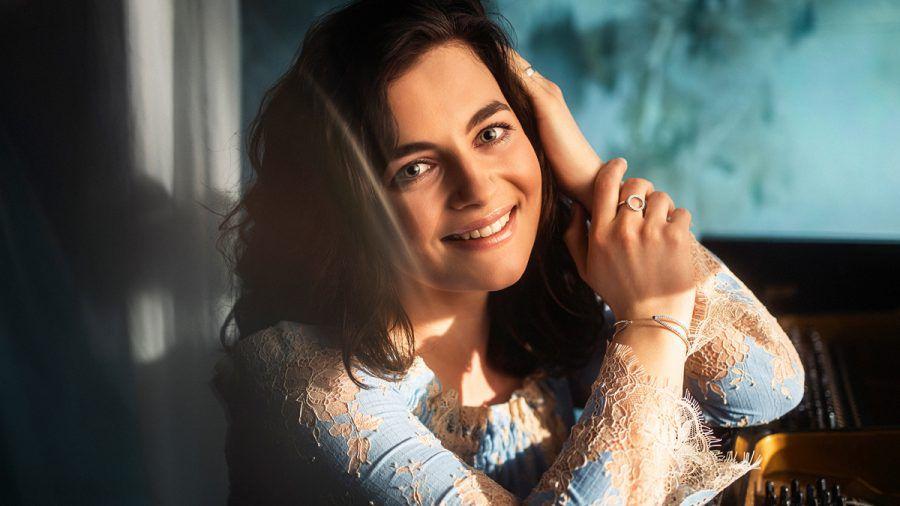 "Serienstar Ronja Forcher: Vom ""Bergdoktor"" in die Charts?"