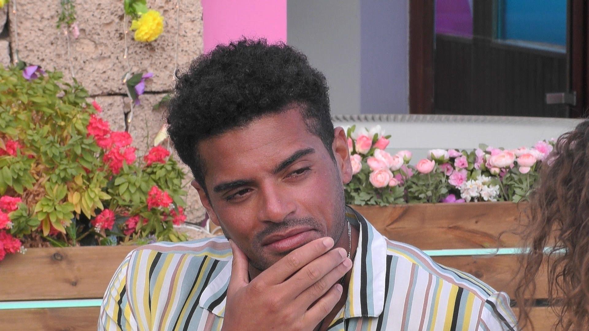 """""""Love Island"""" Tag 10: Gehen Julia und Amadu auf Beziehungskurs?"""