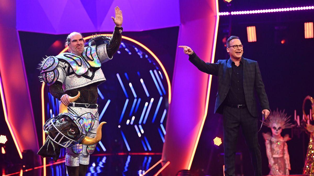 """""""The Masked Singer"""": ESC-Legende und TV-Moderator lüften ihre Masken"""