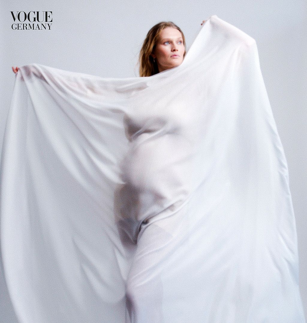 """Toni Garrn bestätigt Babygerüchte  mit diesen Bildern: """"Endlich schwanger"""""""