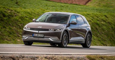 Klare Linienführung mit Ecken und Kanten: Der neue elektrische Ioniq 5 von Hyundai.