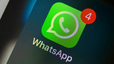 WhatsApp lässt sich unter anderem per Fingerabdruck schützen. (wue/spot)