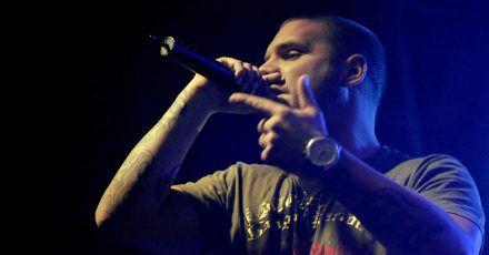 Fler stürmt mit «Widder» auf Platz eins der Charts.